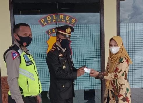 Saat Satlantas Polres Kerinci Berikan Layanan SIM Gratis Untuk Warga
