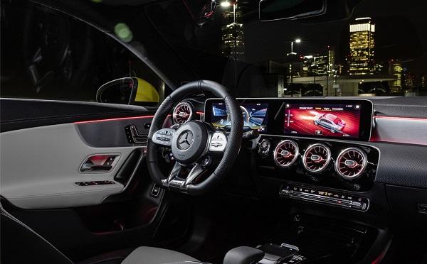 Mercedes AMG CLA 35 4Matic 2020 Interior