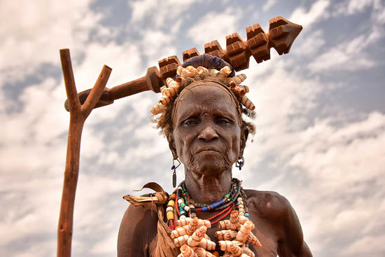 Safari Fusion blog | Faces | Dassanech woman, Ethiopia | Photographer Rod Waddington