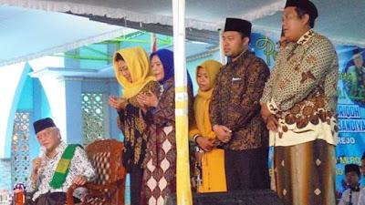 Pengajian Selapanan Jam'iyyah Ahlith Thoriqoh Qodiriyyah Wan Naqsyabandiyyah An-Nawawi Berjan
