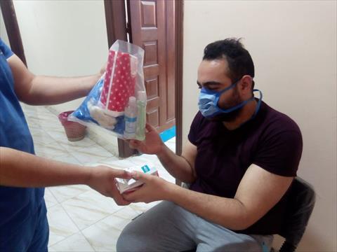 مع زيادة حالات كورونا.. وزارة الصحة تشرع في تطبيق العزل المنزلي !