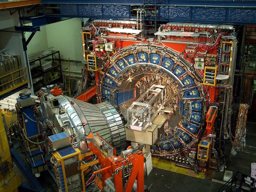 Astrofísica y Física: Estudiando el microuniverso: aceleradores ...