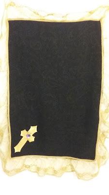 black & gold lap cloth