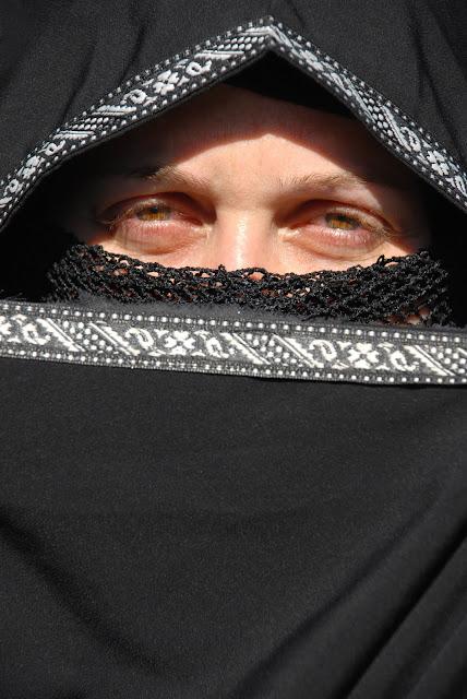 Conoce una de las sectas islámicas más extremas, los Talibanes - I I I
