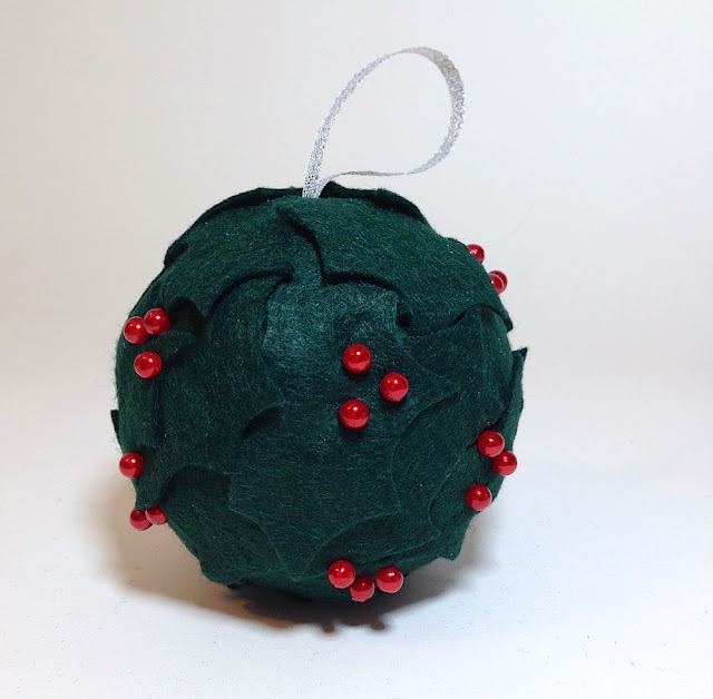 felt holly ornament lisa fulmer