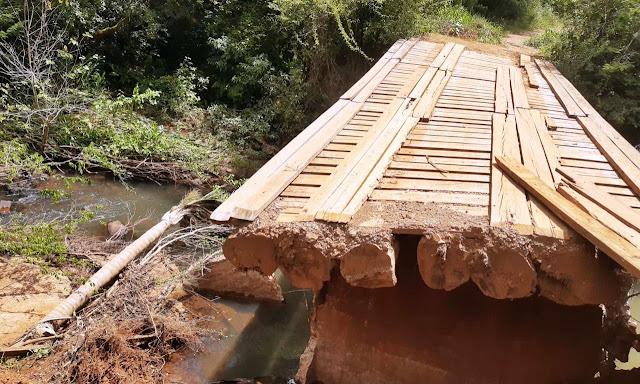 Roncador: Internauta reclama de ponte interditada!