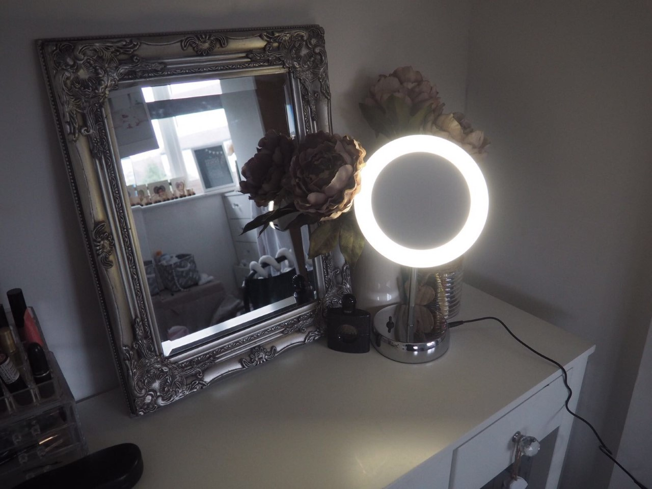 Floral danielle my latest dressing table addition a for Dressing table lamp lighting