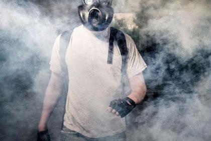 Penanganan Pertama Jika Terkena Gas Air Mata
