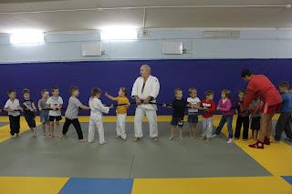 Занятия спортом в Зеленограде с 3 лет. Физическаяподготовка для малышей.