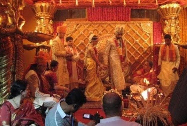 birthday-special-aishwarya-rai-bachchan-and-abhishek-bachchan-wedding-album