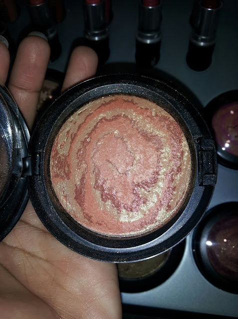 M.A.C Mineralize Skinfinish 'Centre Of The Universe' - www.modenmakeup.com