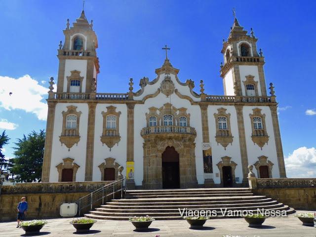 Igreja da Misericórdia, fachada estilo barroco do século XVIII, localizada em frente à Sé de Viseu numa das mais belas Praças de Portugal.