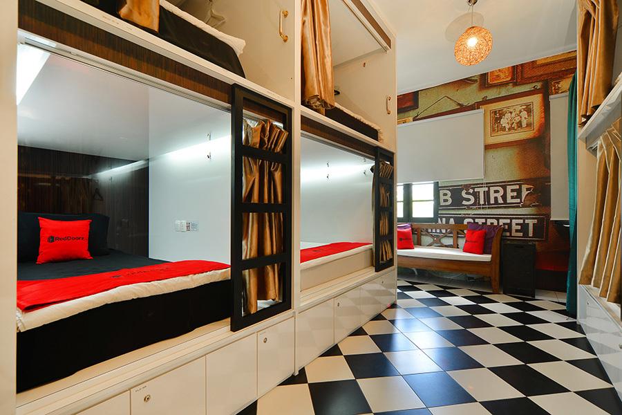 hostel murah di sekitar little india singapore