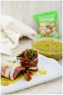 Canelón de jamón con ajo verde de pistachos: la receta perfecta para sorprender hiperfácil