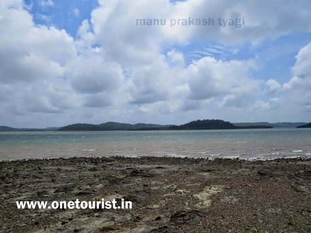 mayabunder beach , andaman