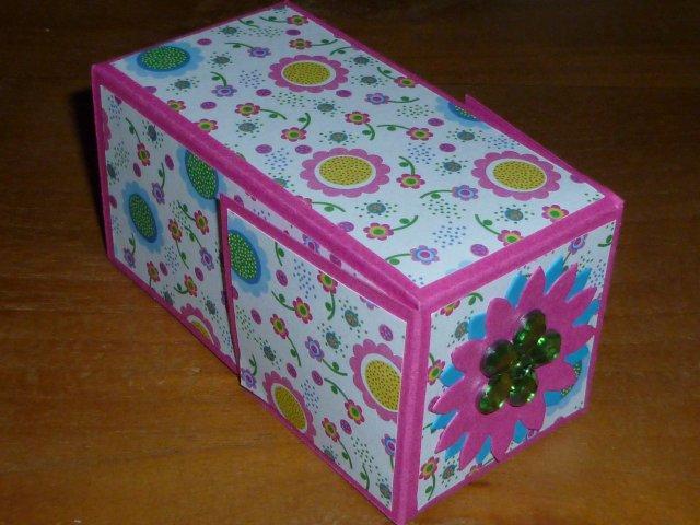 Beroemd Marly Design: doosje vouwen voor kinderen / fold paper box &WS25