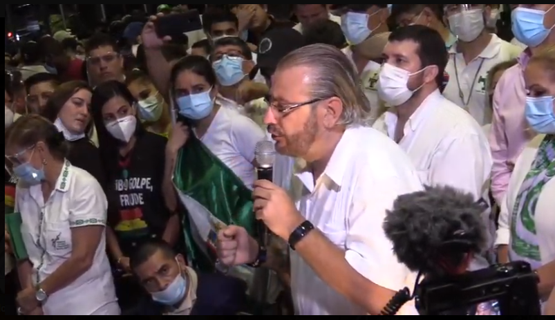 Rómulo Calvo, presidente cívico cruceño en el último cabildo del pasado lunes 15 de marzo / CPSCZ