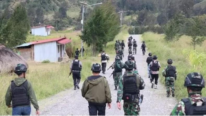 Kronologi Lengkap KKB Tembak Guru di Kabupaten Puncak Papua