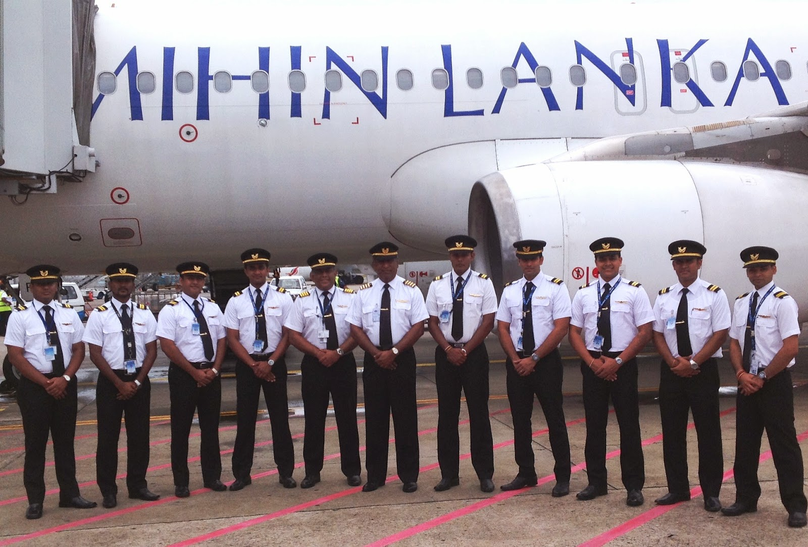 Third Batch of Mihin Lanka Trainee First Officers Take Flight