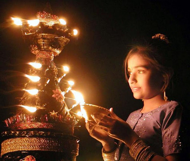 photos of diwali celebration