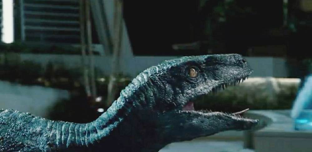 Jurassic World 2015 Full Movie Download Hindi Dubbed 480p 300Mb