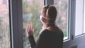 Bagaimana Menjaga Kesehatan Fisik dan Mental Sementara COVID - 19 Membuat Anda Terjebak di Rumah