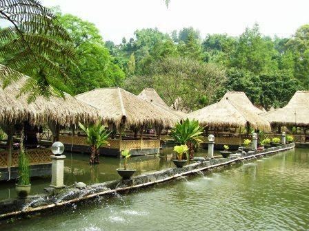Arena Pemancingan Bonita / Saung Wargi Lembang