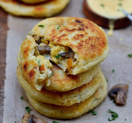STUFFED POTATO CAKES | VEGAN, GLUTEN-FREE RECIPE #vegetarian #lunch