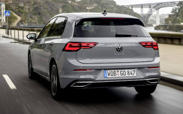 VW suspende entrega do Golf 8 por problema de software