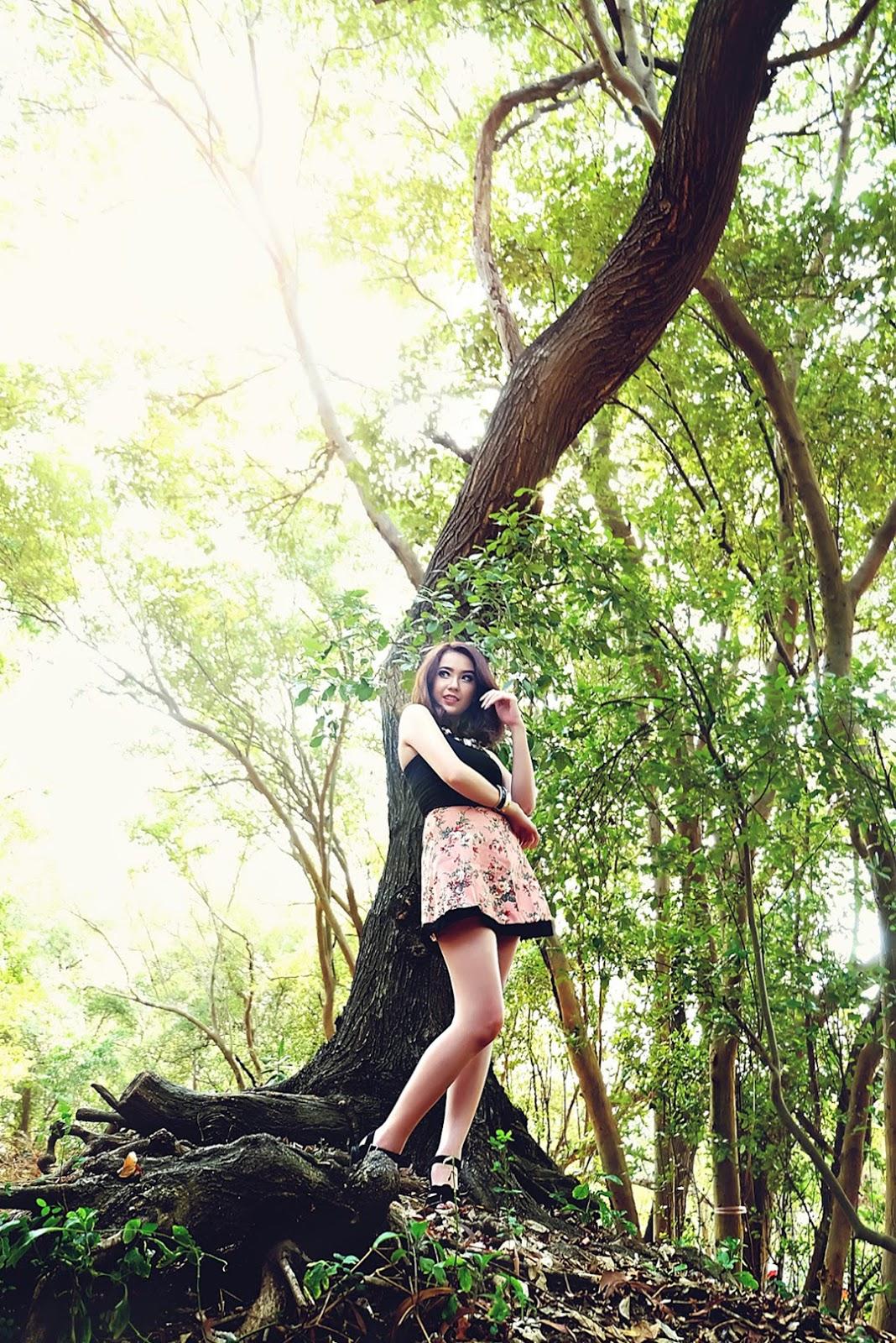 konsep foto Model Winny Valencia kaki jenjang