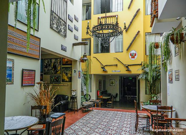Pátio interno do Hotel Casa Suyay, Miraflores, Lima