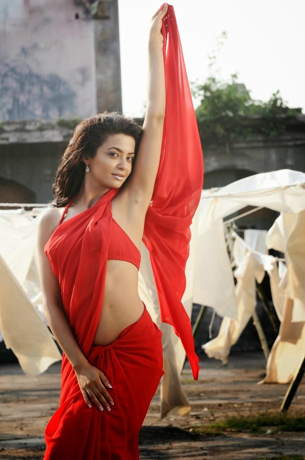 Actress Navel show Photos|Actress Saree Below Navel show