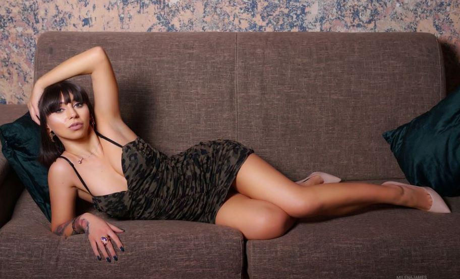 MilenaJames Model GlamourCams