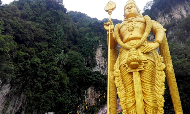 batu caves lord murugan malaysia