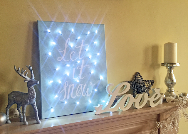 DIY Fairy Light Christmas Canvas How to