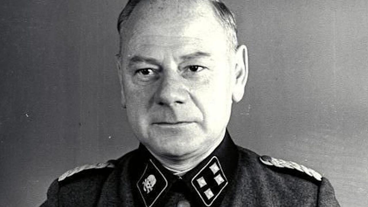 A execução do médico monstro da SS Eduard Krebsbach o Dr. Injeção