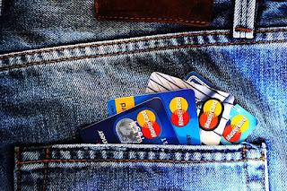 pengertian kartu kredit dan kartu debit
