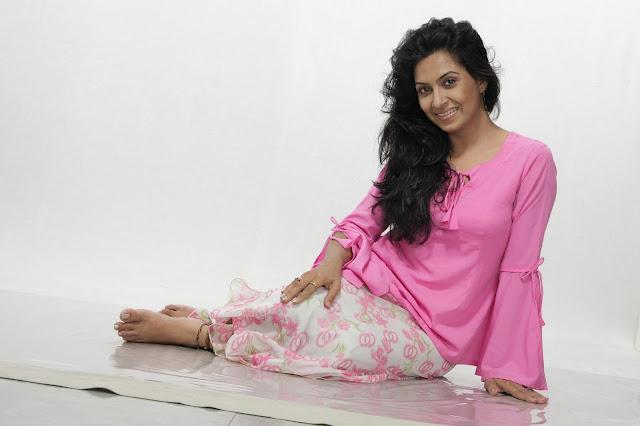 Farzana Chobi Hot