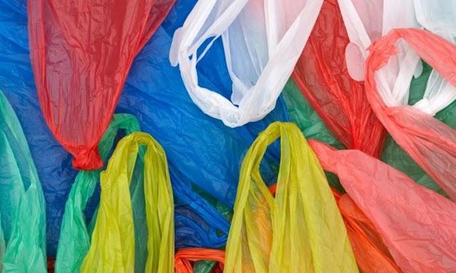 Nέο «χαράτσι» στις πλαστικές σακούλες - Τι προβλέπει το νομοσχέδιο