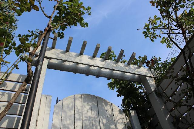 DIY gate pergola