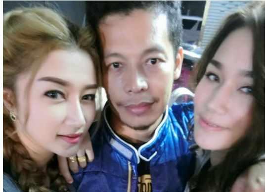 WOW Lelaki Ini Mempunyai 2 Orang Isteri yang Bukan Sahaja Cantik, Tetapi Hidup Bahagia… Jumlah Anak Mereka Yang Membuat Ramai Netizen Terkejut!!