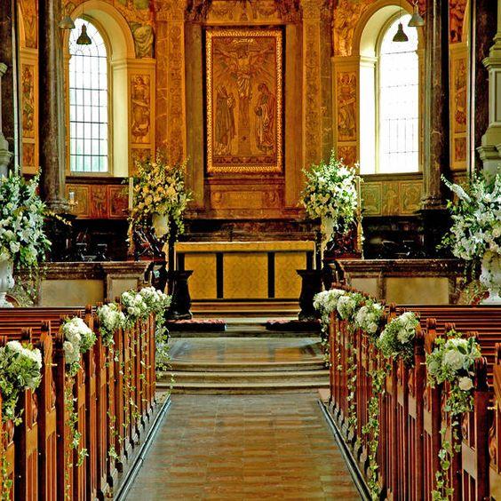 Dekoracje kościoła na ślub, Dekoracje ślubne w Kościele, Dekoracje ślubu w kościele, Oprawa florystyczna kościoła, ślub kościelny dekoracje, Wystrój kościoła na ślub,