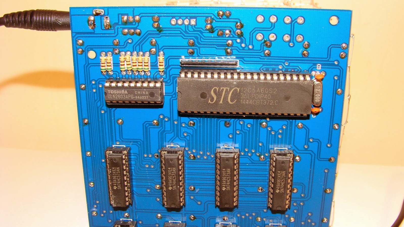 medium resolution of here is the bottom view so you can see the ic s