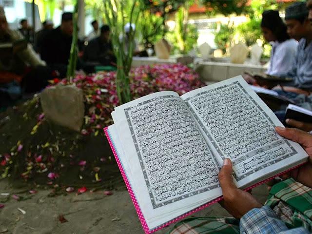 Bacaan Lengkap, Doa untuk Orang yang Sudah Meninggal Dunia
