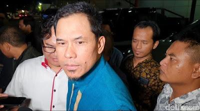 df1bfbea e3b4 49e6 ba01 28a8d69c2f71 169 Munarman Ditangkap Terkait Baiat Teroris di 3 Kota