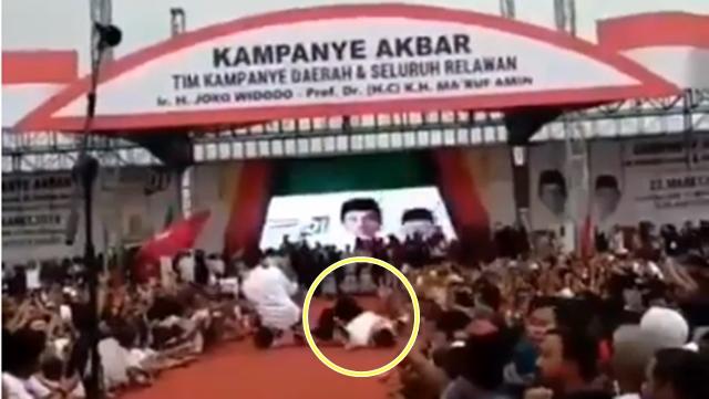 Kampanye di Banjarmasin, Iriana Jokowi Jatuh Terjungkal di Panggung