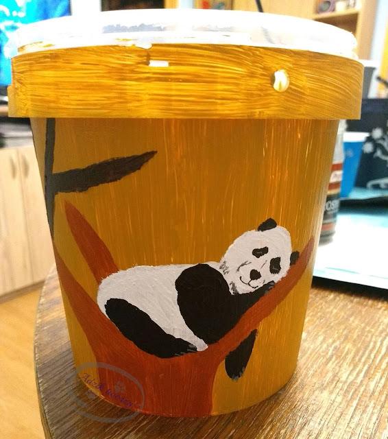 Malowanie doniczki upcykling pojemnika z plastiku - Adzik tworzy