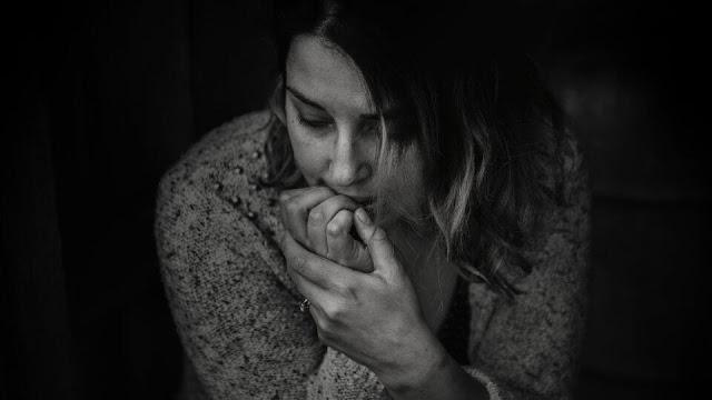 Dampak Buruk Kebiasaan Menggigit Kuku Bagi Kesehatan