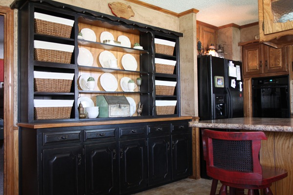 Remodelaholic Built In Hutch Transformation