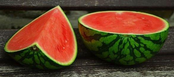 watermelon benefits فوائد البطيخ للرجال و للمتزوجين و ماذا يعالج البطيخ و اشياء اخري كثيرة؟
